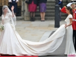 royal-wedding-kate-middleton-arrives-4-580x435