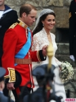 Royal-Wedding-William-and-Kate-Leave-as-Prince-and-Princess-5-435x580